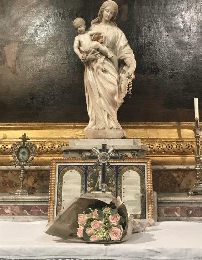 Baptême - Bouquet à la Vierge Cathédrale St Castor Nîmes